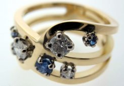 18ct yellow & white gold Diamond & Sapphire ring